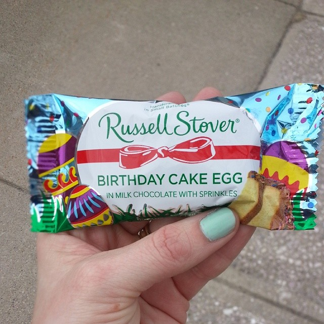 birthday cake egg